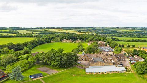 Año escolar en Inglaterra en el internado privado Kingham Hill School