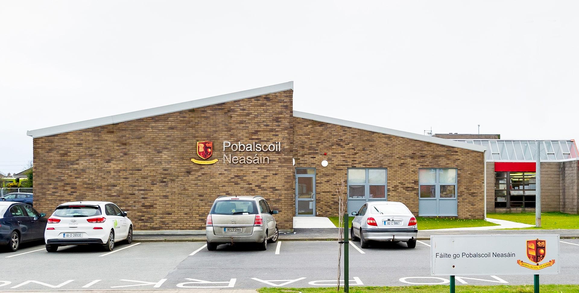 Colegio año escolar en Irlanda Saint Nessan's Community School