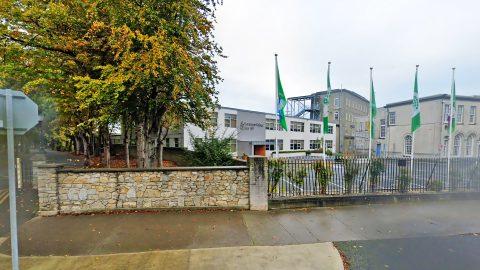 Año escolar en Irlanda en el colegio público Sion Hill Dominican College