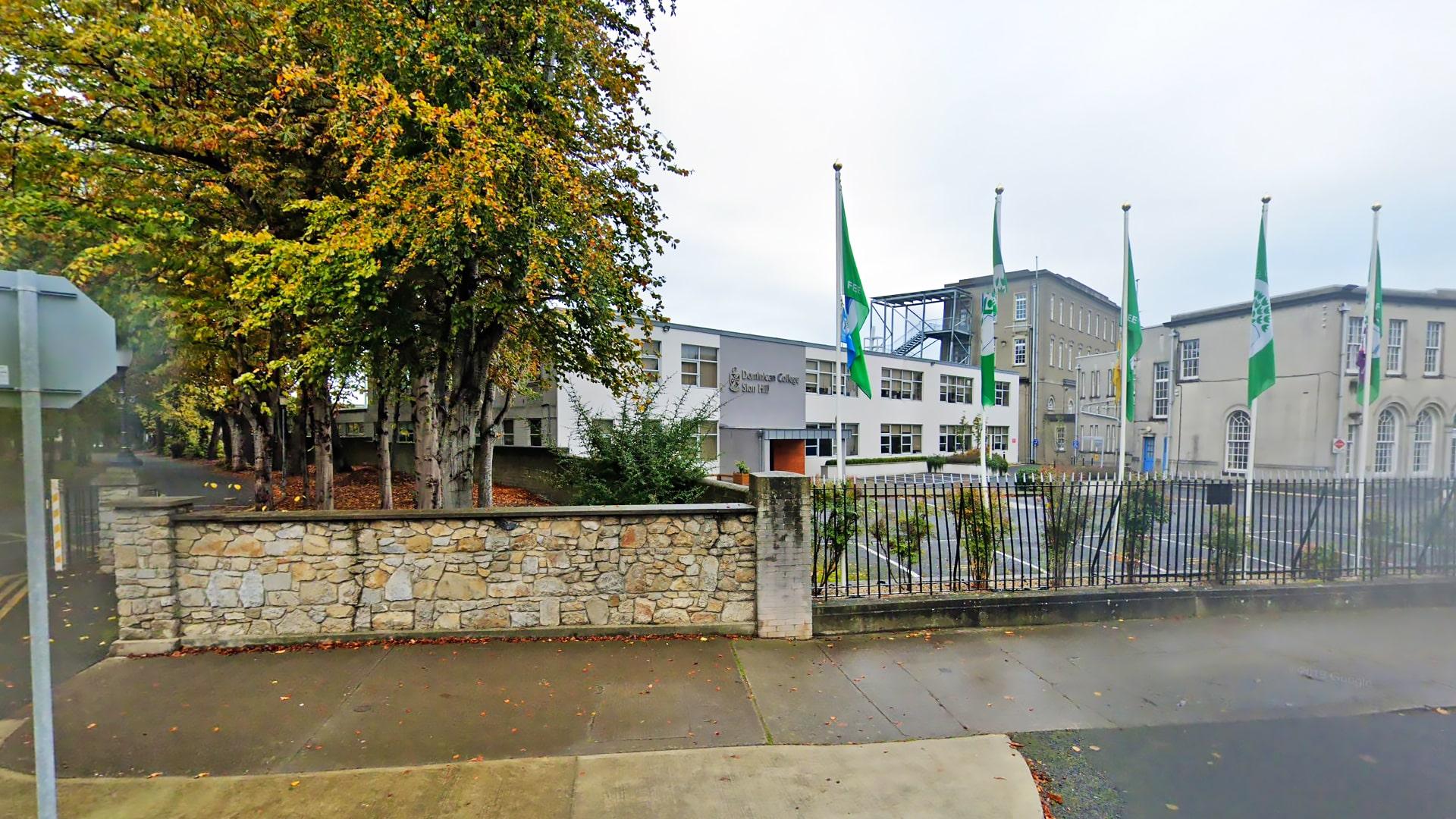 Colegio año escolar en Irlanda Sion Hill Dominican College
