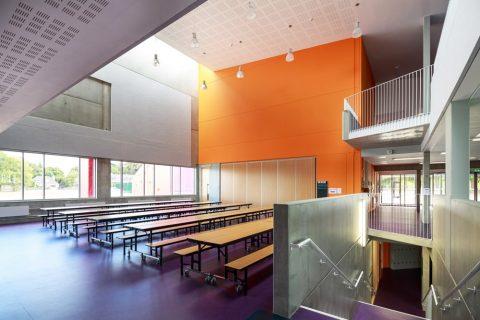 Colegio público Athlone Community College Irlanda