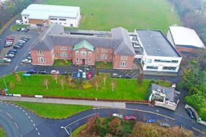 Colegio público Oatlands College Irlanda