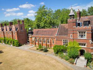 Curso de verano de inglés en Cambridge en residencia 13