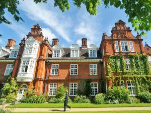 Curso de verano de inglés en Cambridge en residencia 16