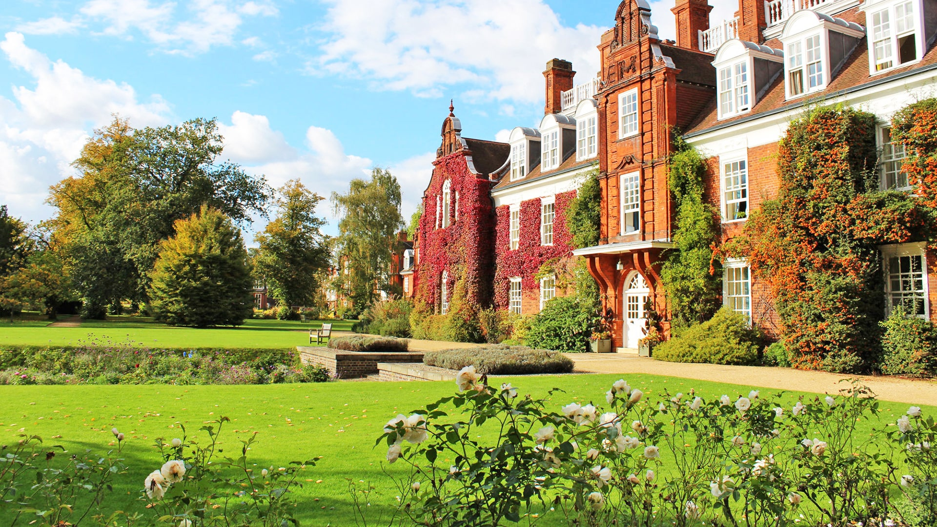 Campamento de verano con curso de inglés en Cambridge para niños y jóvenes
