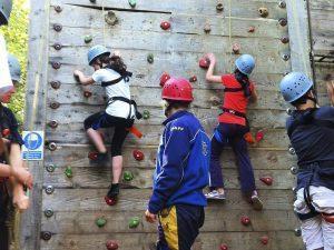 Campamento multiaventura de inglés para niños y jóvenes en Inglaterra 3