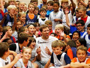 Campamento de inglés y baloncesto Dallas Mavericks 15