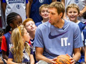 Campamento de inglés y baloncesto Dallas Mavericks 17