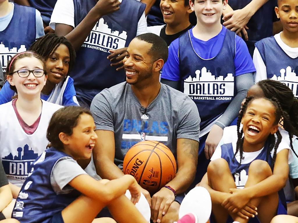 Campamento de inglés y baloncesto Dallas Mavericks 6