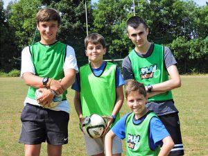 Curso de verano de inglés y baloncesto en Dublín 16