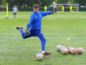 Campamento de verano de inglés y fútbol Chelsea FC 12