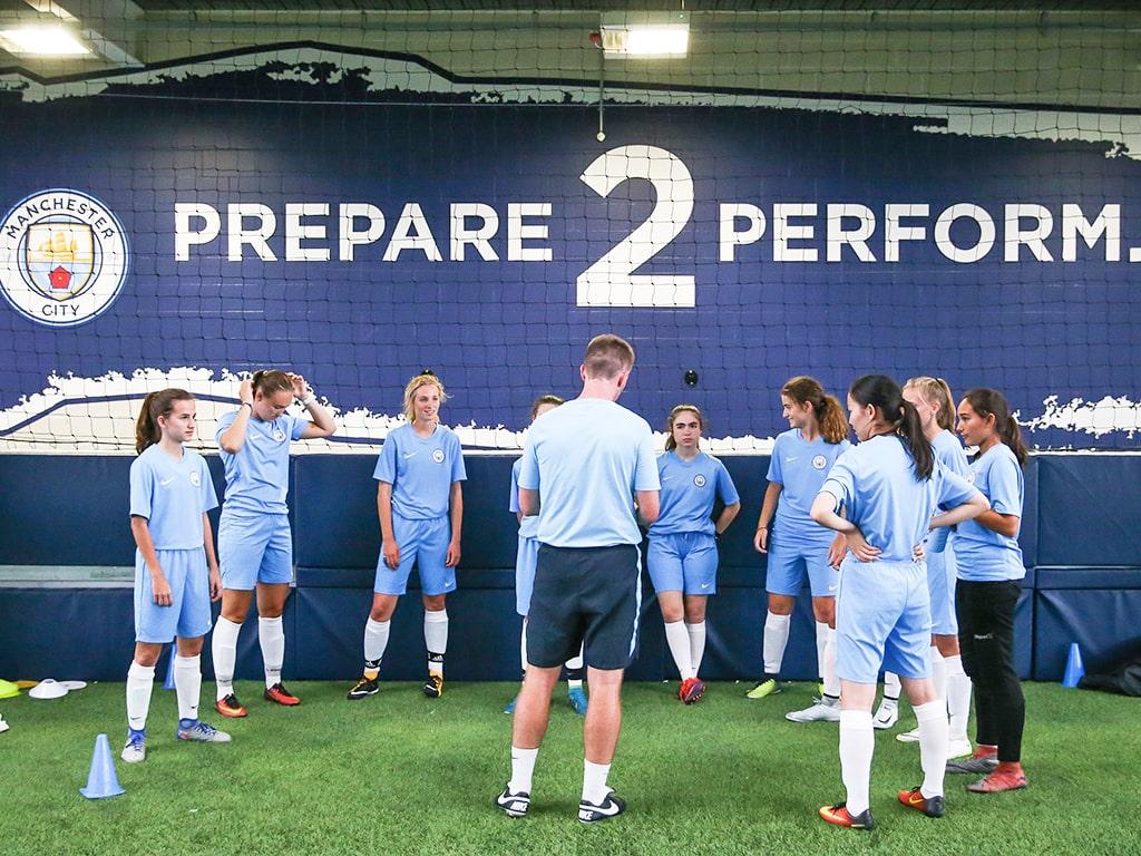 Campamento de verano de inglés y fútbol del Manchester City FC 11