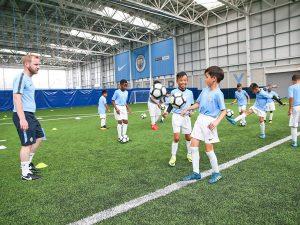Campamento de verano de inglés y fútbol del Manchester City FC 17