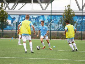 Campamento de verano de inglés y fútbol del Manchester City FC 18