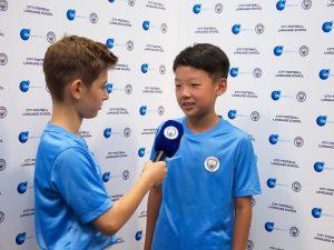 Campamento de verano de inglés y fútbol del Manchester City FC 19