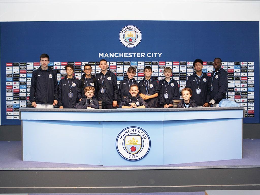 Campamento de verano de inglés y fútbol del Manchester City FC 4