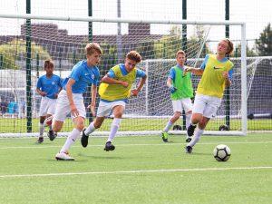 Campamento de verano de inglés y fútbol del Manchester City FC 6