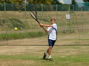Campamento de verano de inglés y tenis de Nike en Inglaterra 18