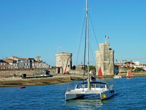 Campamento de verano de francés y catamarán o windsurf en La Rochelle, Francia 4