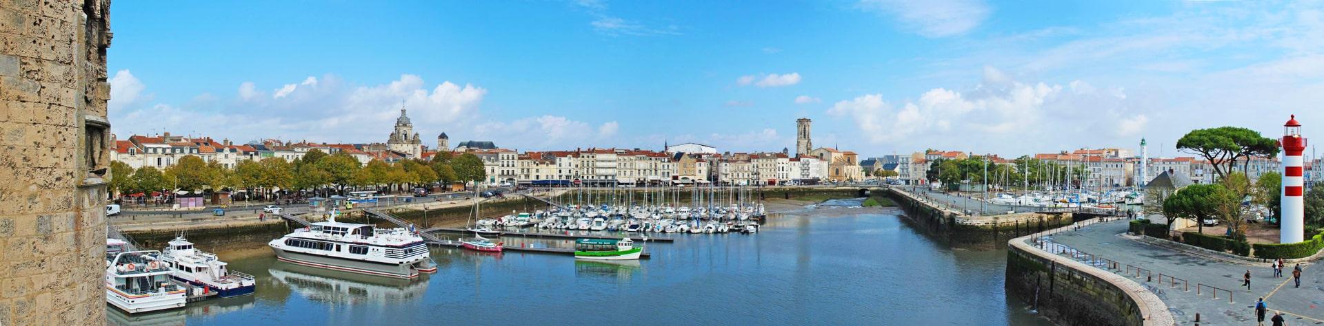 Campamento de verano de francés y catamarán o windsurf en La Rochelle, Francia
