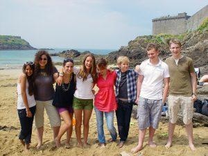 Campamento de verano de francés y vela o equitación en Saint-Malo, Francia 15
