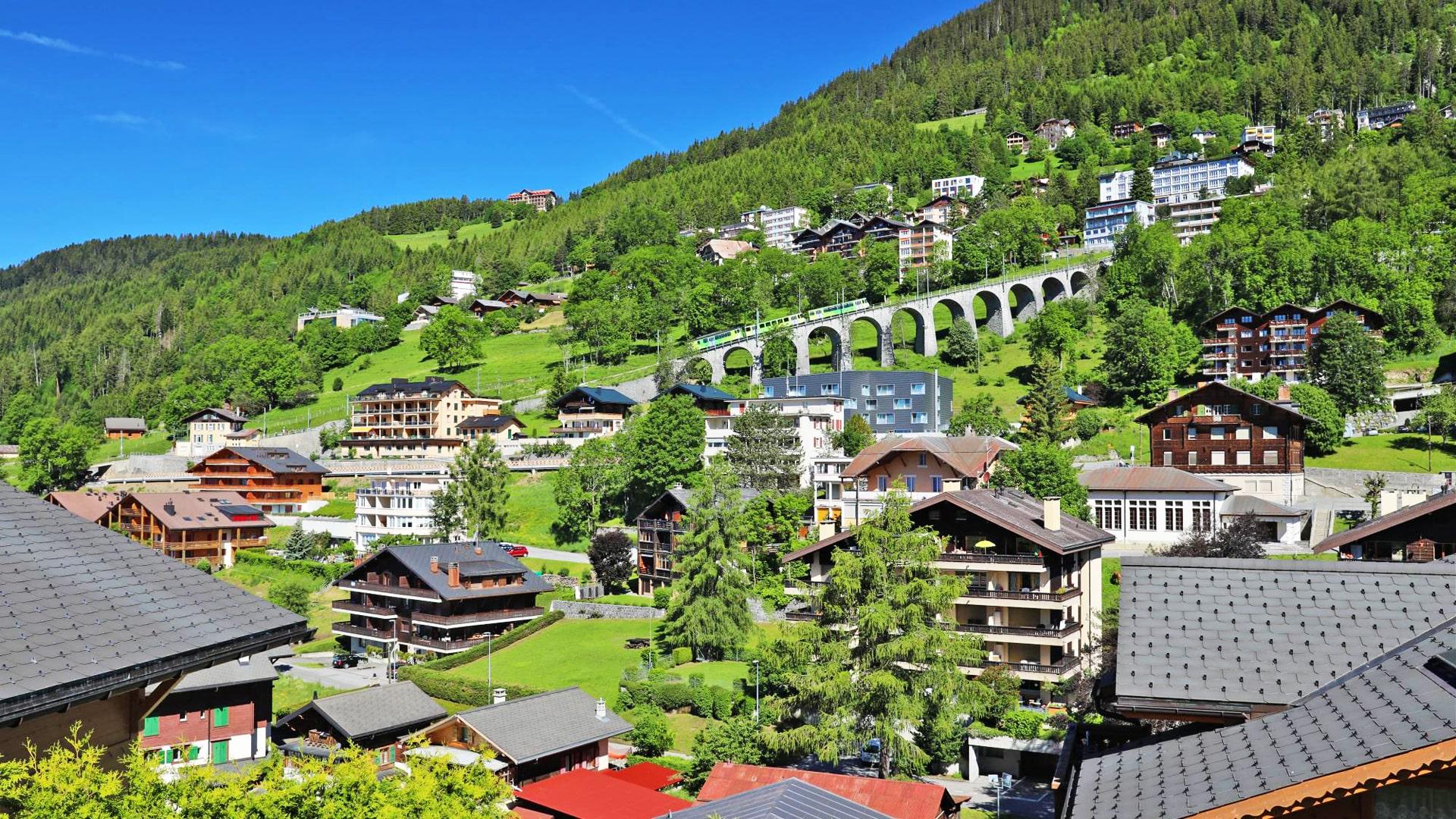 Curso de verano de inglés y francés en los Alpes Suizos en internado