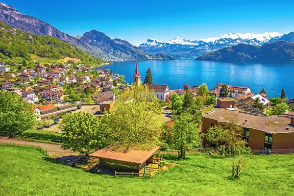 Cursos de verano en Suiza para niños y adolescentes