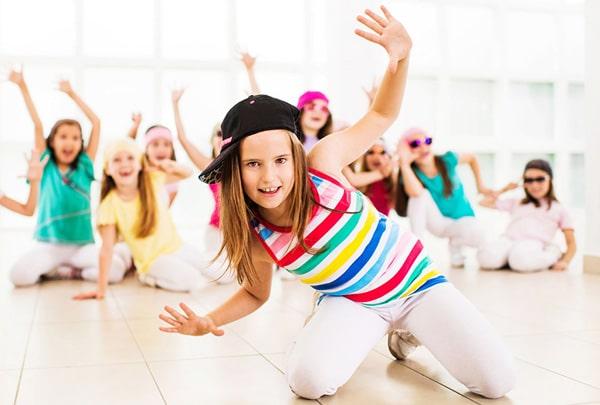 Campamentos de verano de música, canto, danza o teatro para niños y adolescentes