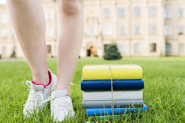 Cursos intensivos de verano para niños y adolescentes